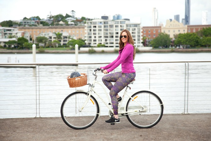 active wear girl riding bike electra dutch bicycle cute helmet sawako furuno fabletics leggings bellami hair extensions lily ghalichi fashion blogger style elixir blog lauren slade