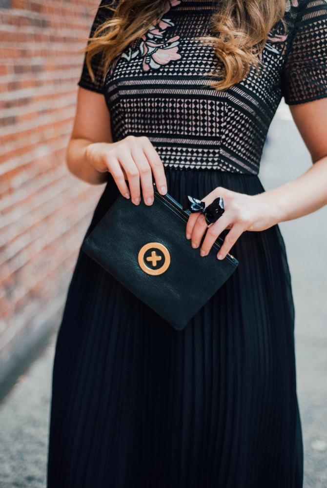 lk-bennett-efina-lace-dress-kate-middleton-dress-nyfw-outfit-fashion-blogger-lauren-slade-style-elixir-blog-little-black-dress-3