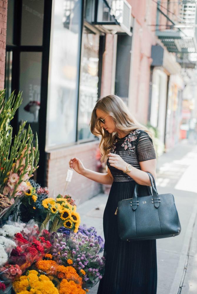 lk-bennett-efina-lace-dress-kate-middleton-dress-nyfw-outfit-fashion-blogger-lauren-slade-style-elixir-blog-little-black-dress-gigi-new-york-parker-satchel-new-york-flower-stand-nyc-blogger-9