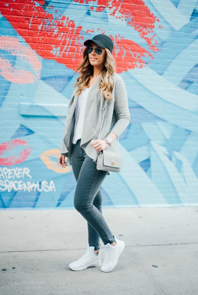 1-puma-x-kylie-jenner-white-sneakers-lauren-slade-style-elixir-blog-gigi-new-york-catie-how-to-wear-white-sneakers-trend