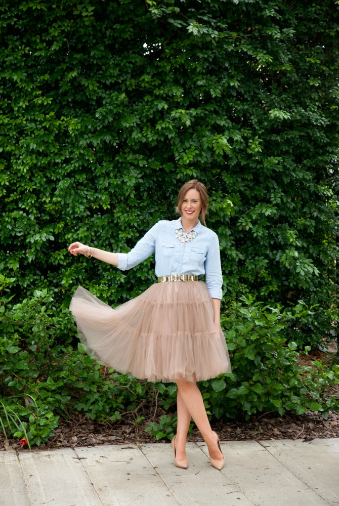 four ways to wear chambray with a neutral tulle skirt and nude heels