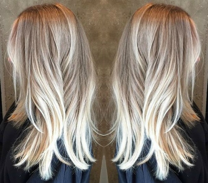 pretty blonde balayage hair color ash blonde golden blonde icy highlights beach mermaid hair ideas