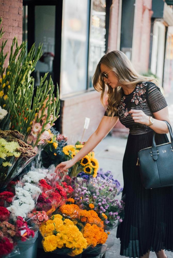 lk-bennett-dress-kate-middleton-nyfw-outfit-blogger-lauren-slade-new-york-flower-stand