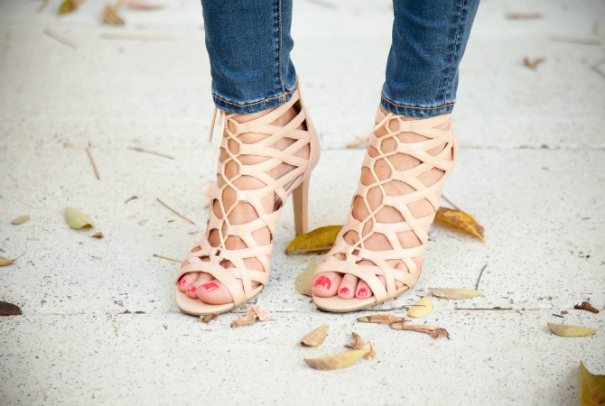 nude lace up sandals how to walk in heels lauren slade style elixir fashion blog