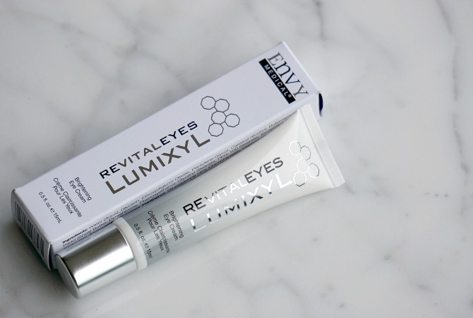 Lumixyl Revitaleyes review eye cream