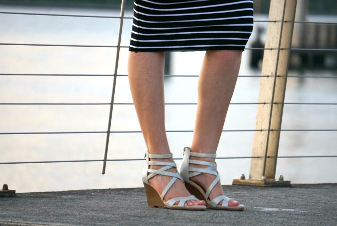 Bailey 44 signature striped column dress lauren slade fashion blogger new york style elixir blog aerosoles wedge sandals