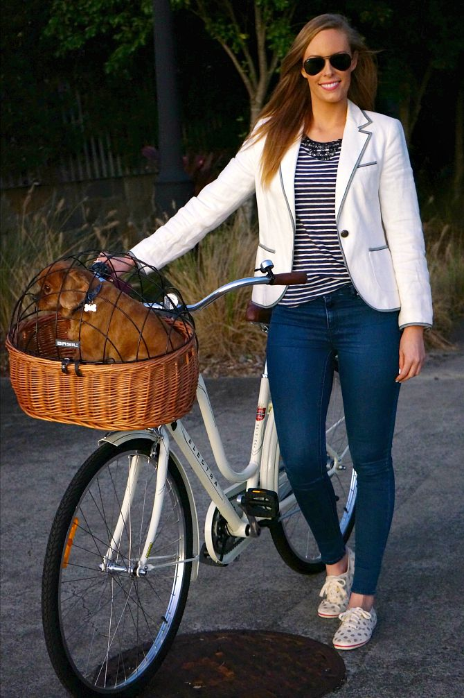 stylish ways to wear nautical outfits navy and white stripe kate spade sneakers 10