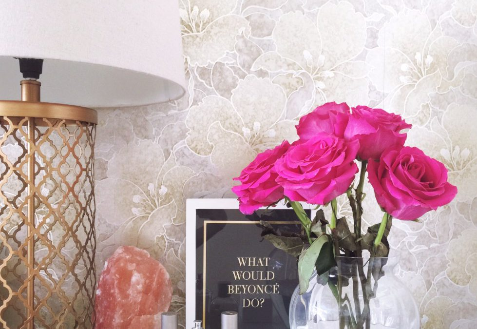 Friday Faves – How To Style Your Bedside Table