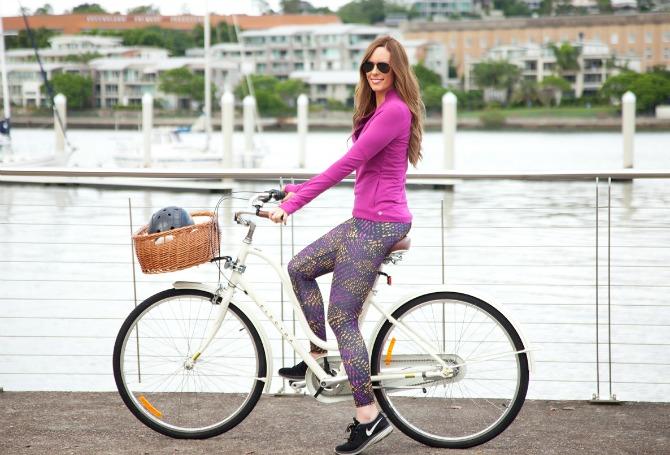 active wear girl riding bike electra dutch bicycle cute helmet sawako furuno fabletics leggings bellami hair extensions lily ghalichi fashion blogger style elixir blog lauren slade