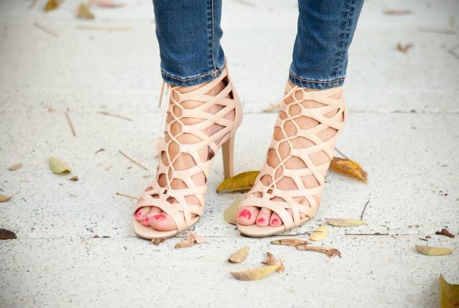 nude lace up sandals how to walk in heels lauren slade style elixir fashion blog