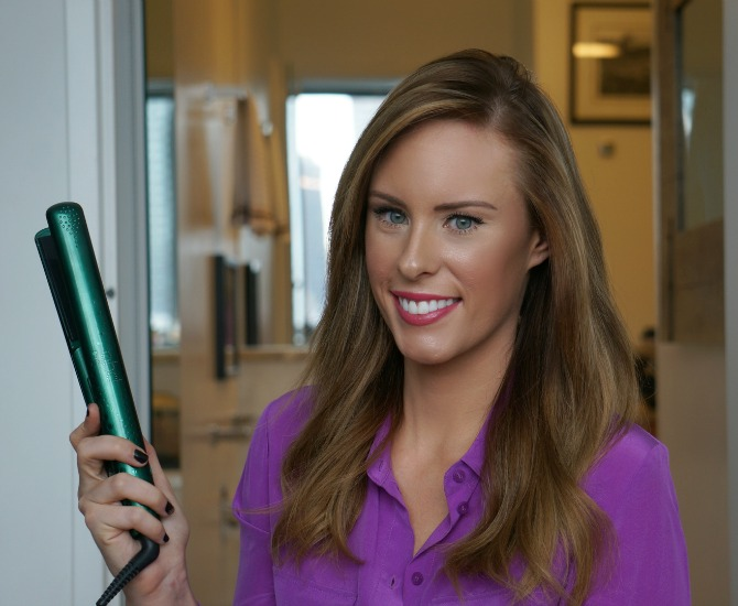 How to curl your hair with flat irons suave professionals haircare beauty fashion blogger style elixir blog lauren slade