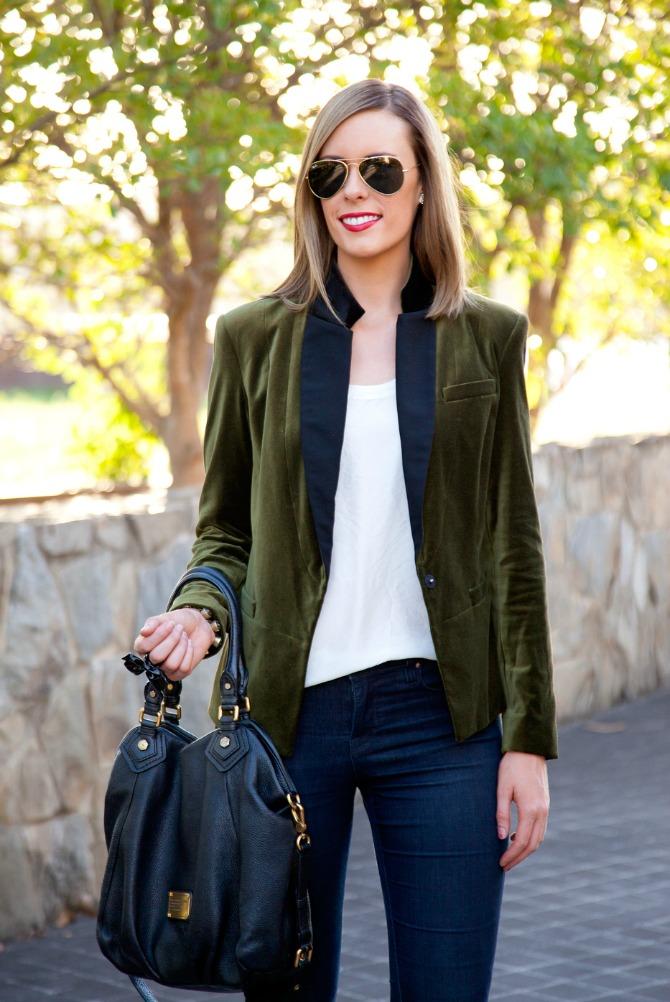 velvet blazer how to wear a velvet blazer outfit ideas style blogger lauren slade style elixir fashion blog link up blazer skinny jeans and leopard heels shoes