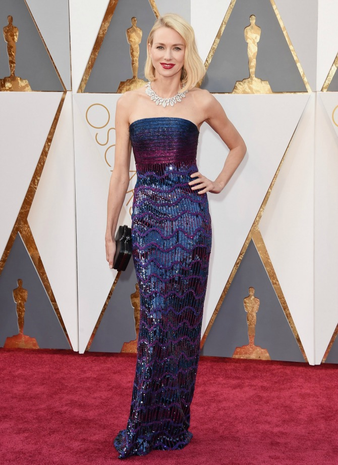 naomi-watts-red-carpet- 2016 Oscars Best Dressed