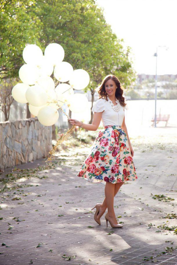 gold and white balloons floral skirt pretty birthday photos fashion blogger lauren slade style elixir blog