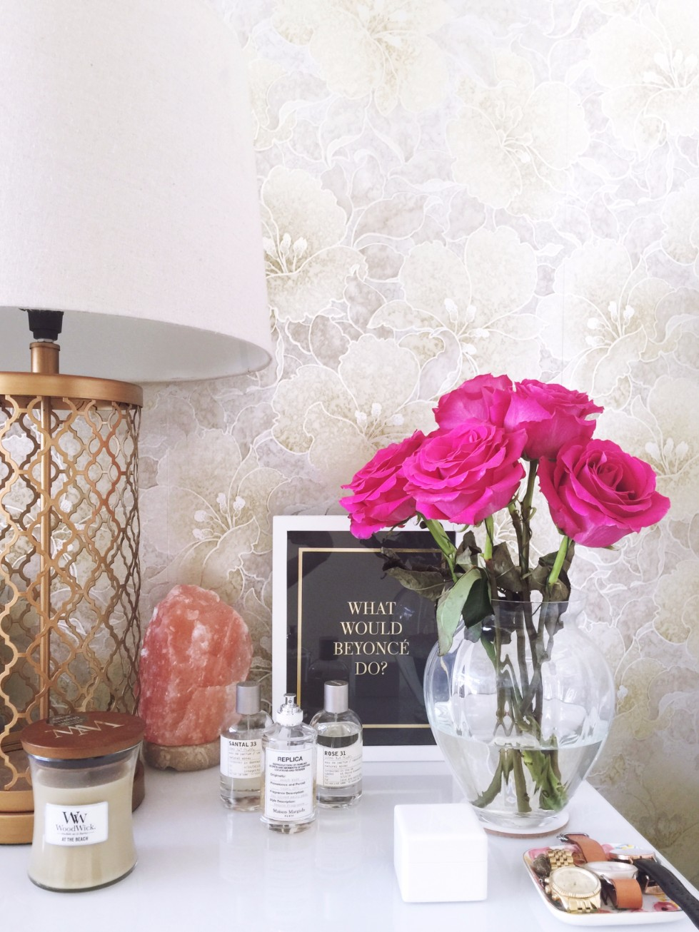How to style your bedside table home decor tips what would beyonce do quote woodwick candle maison margiela replica beach walk perfume le labo santal 33