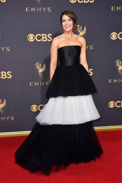 Mandy Moore in Carolina Herrera Emmy Awards 2017 best dressed