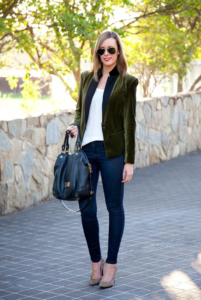 velvet blazer how to wear a velvet blazer outfit ideas style blogger lauren slade style elixir fashion blog link up