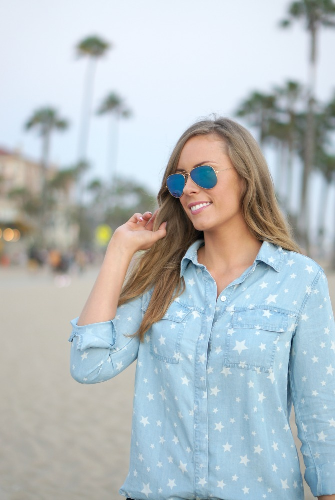 Style Sessions: 4th of July Outfit Idea - Star Chambray Shirt featured by popular international fashion blogger Style Elixir