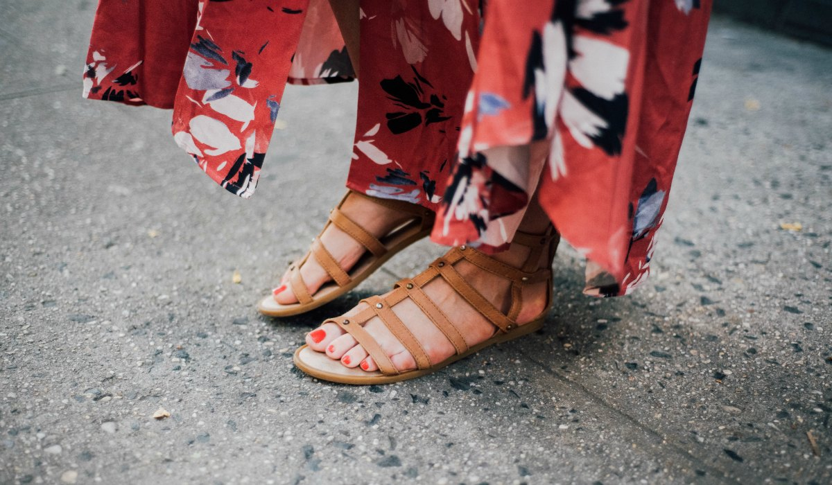 yumi kim maxi dress new york spring outfit soho lauren slade style elixir fashion blog gladiator tan sandals free people | Summer Floral Maxi Dress in Soho featured by popular US blogger Style Elixir