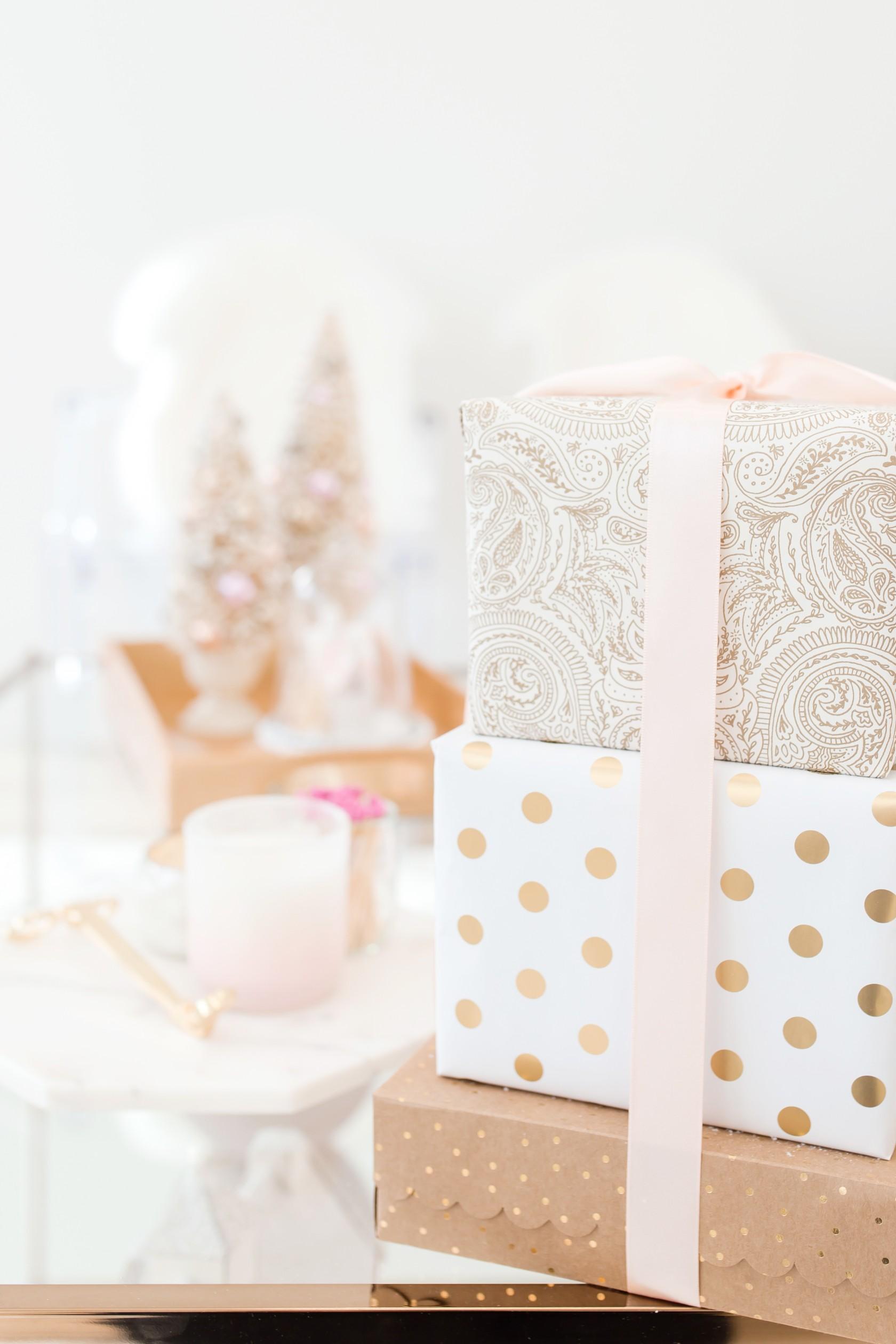 christmas gift ideas under $100 fashion beauty