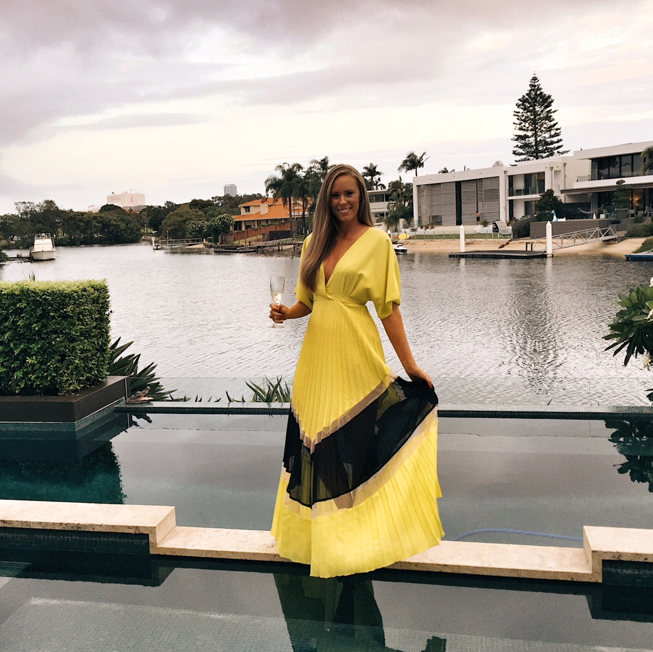 Best-Bright-Dresses-Knife-Pleat-Maxi-Dress-ASOS-fashion-blogger-outfit-ideas-new-years-eve-dresses