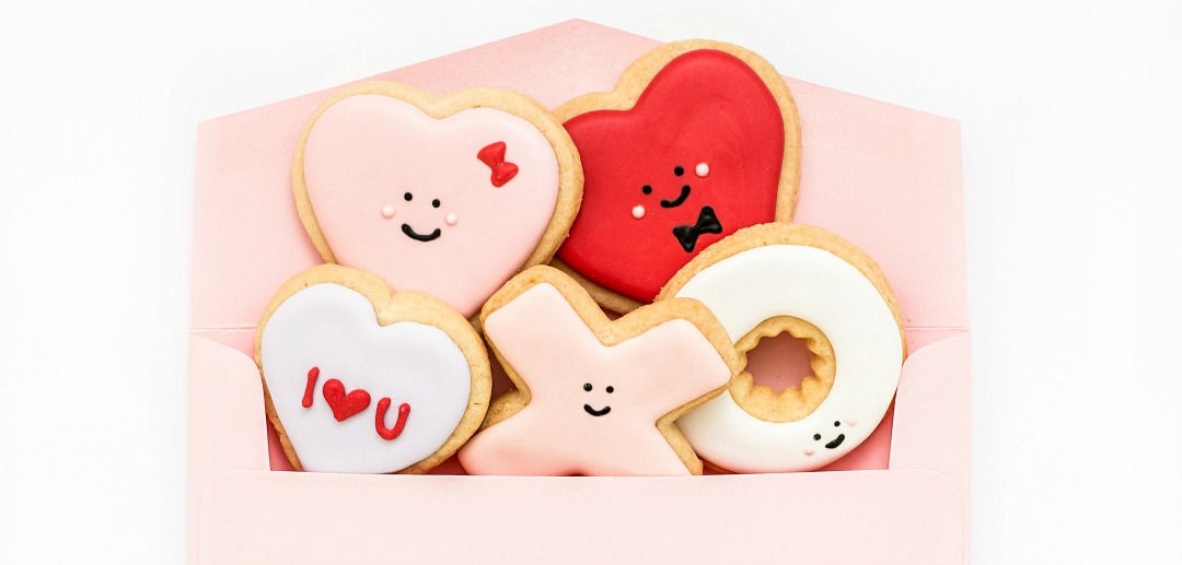 valentine's day gift ideas for him love heart cookies