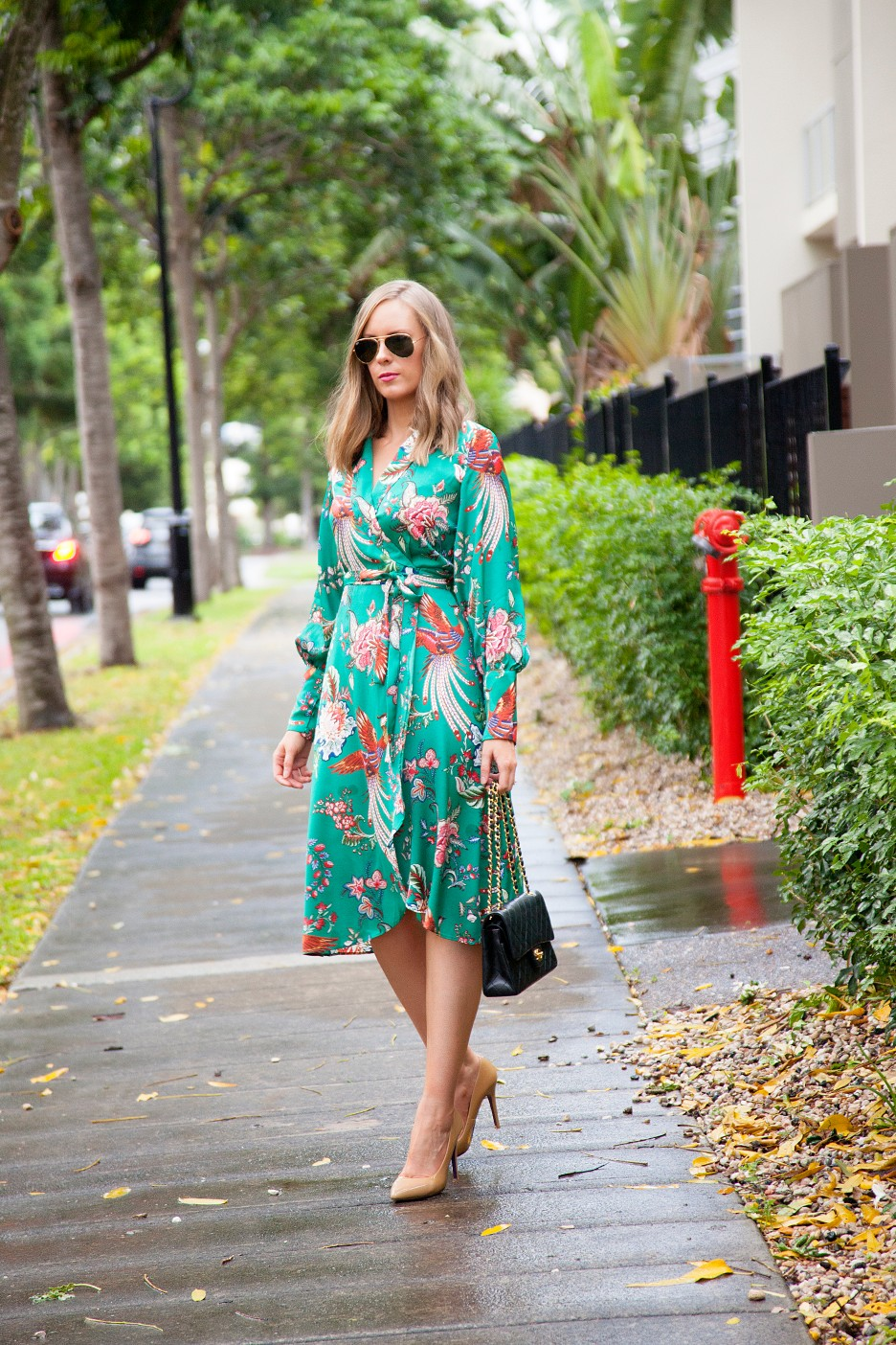 silk pajama print green emerald dress fashion blogger outfit ideas chanel flap handbag lauren slade style elixir 1