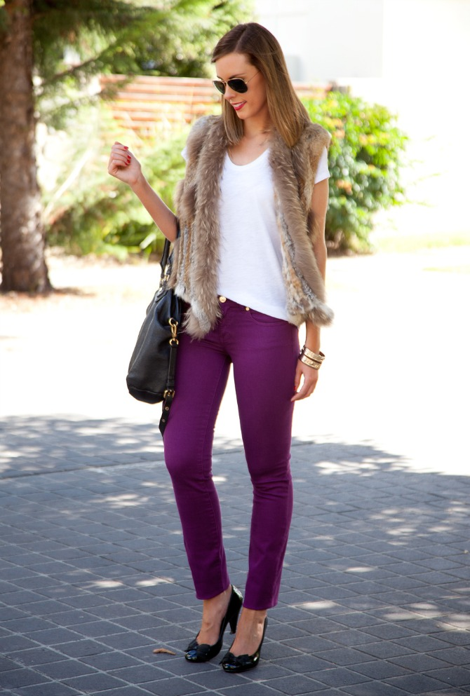 Spring Outfit Fur Vest and White Tee tory burch jeans 2