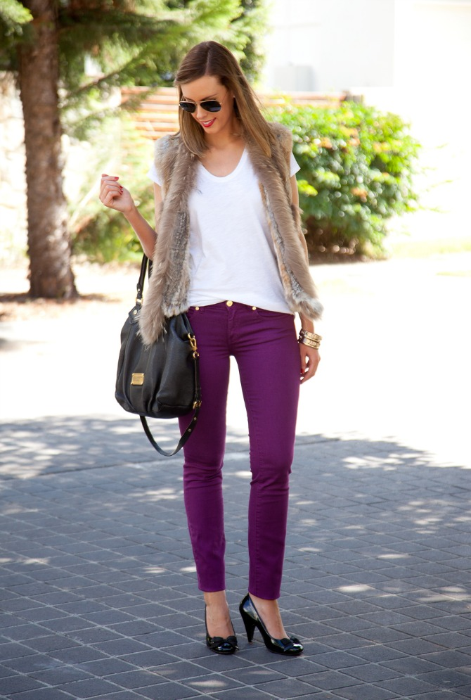 Spring Outfit Fur Vest and White Tee tory burch jeans 6