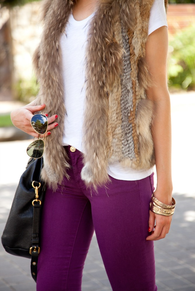 Spring Outfit Fur Vest and White Tee tory burch jeans 7