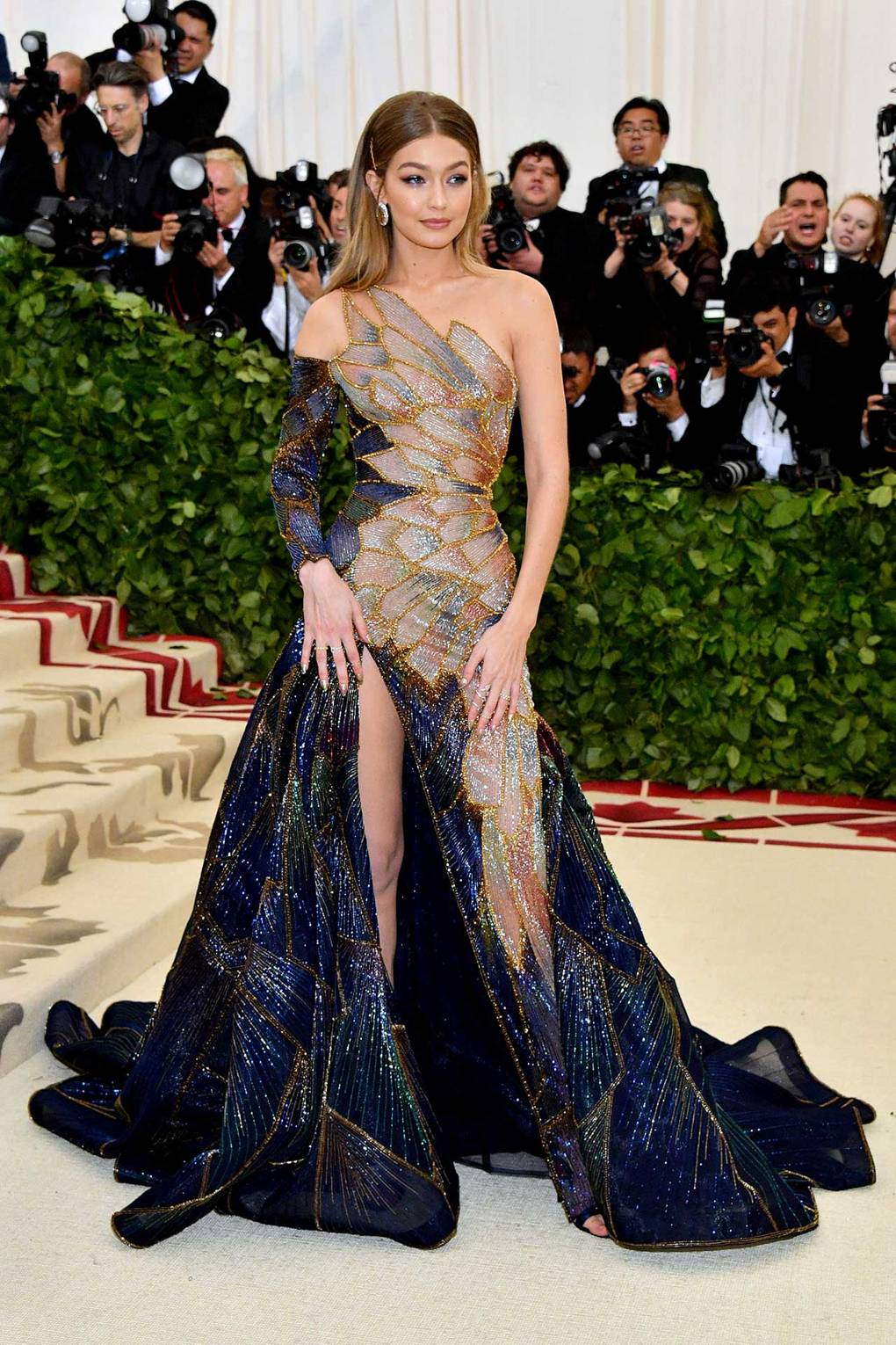 Met Gala 2018 Red Carpet Best Dressed gigi hadid-celebrity-style