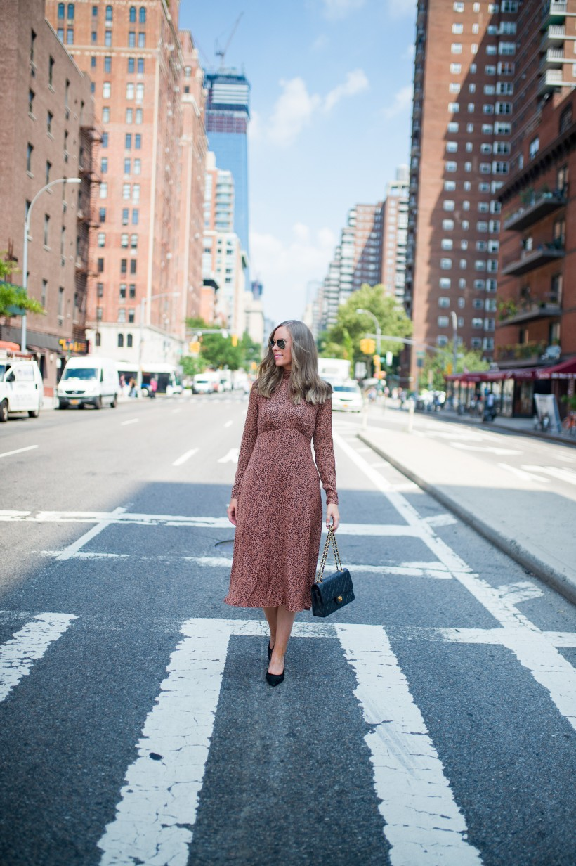 easy outfit ideas fall spring fashion outfit inspo blogger free people loveless dress sale leopard print midi dress 2