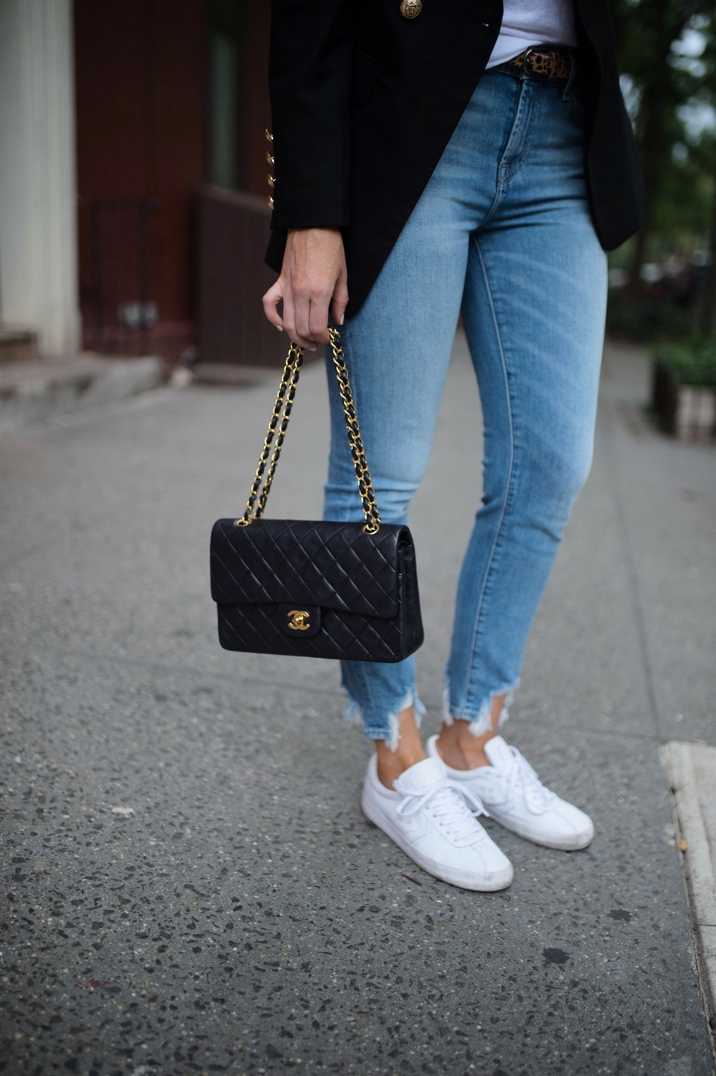 casual-outfit-ideas-blue-distressed-jeans-white-sneakers-balmain-blazer-chanel-bag-fashion-blogger-new-york-street-style-outfit-lauren-slade-style-elixir-blog-4