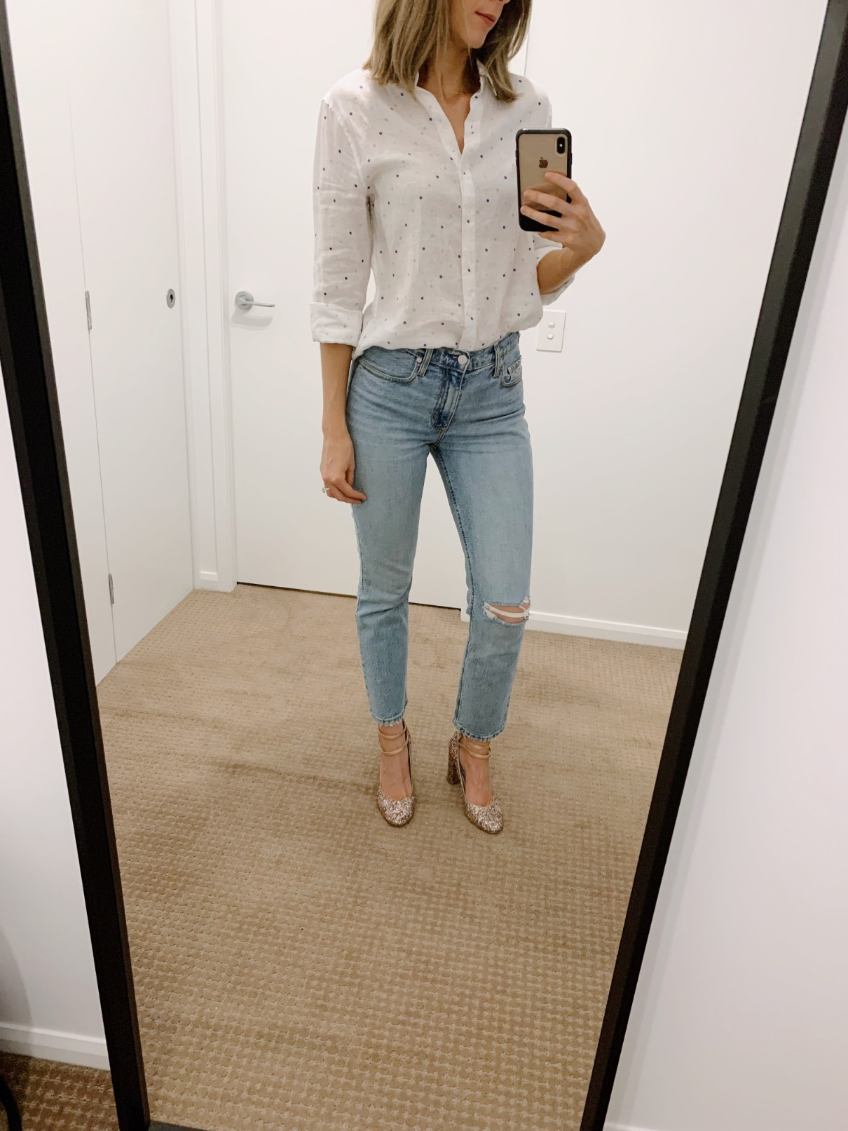 white linen shirt and light denim jeans with kate spade glitter shoes wedding day shoes fashion blogger pinterest outfiit style elixir blog