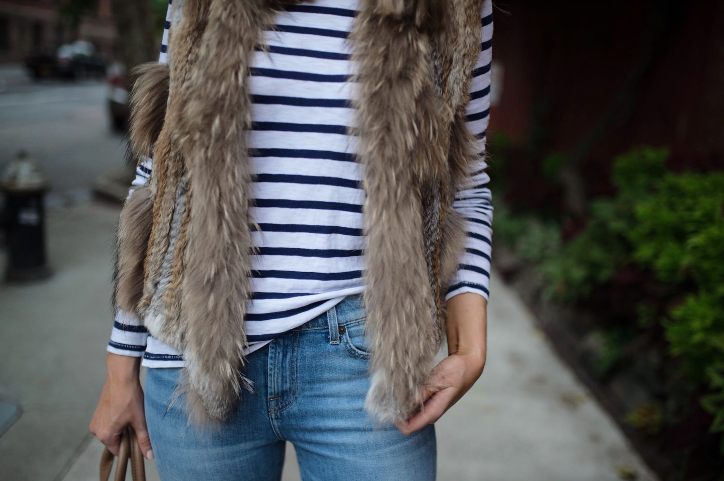 spring weekend outfit idea fur vest navy stripe jcrew top blue ripped jeans 7 for all mankind nude heels blog new york style elixir fashion blogger lauren slade 8